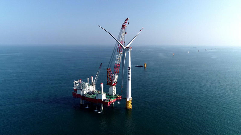 三峡集团在粤首个海上风电项目  首批机组并网发电