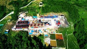 中国石化涪陵页岩气田日产量达2000万立方米