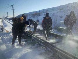 国家能源集团大雁公司(神宝能源)迎风战雪保供应