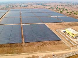 夯实基础开拓市场,东方日升柬埔寨首个光伏电站成功发电