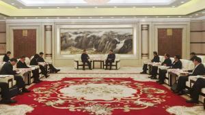 深化央地合作   俞培根率队拜访宁波市政府