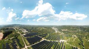 """光伏企业也要""""求变""""?隆基清洁能源转型""""绿色能源解决方案服务商"""""""