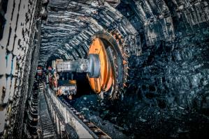 巡检机器人在国家能源集团煤矿上岗